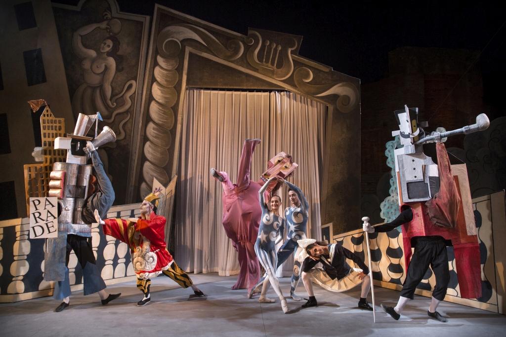 Serata Picasso-Massine PARADE al Teatro Grande degli Scavi di Pompei  Balletto del Teatro dell'Opera di Roma soggetto di Jean Cocteau, musica di Eric Satie, coreografia di Léonide Massine, scenografia e i costumi di Pablo Picasso